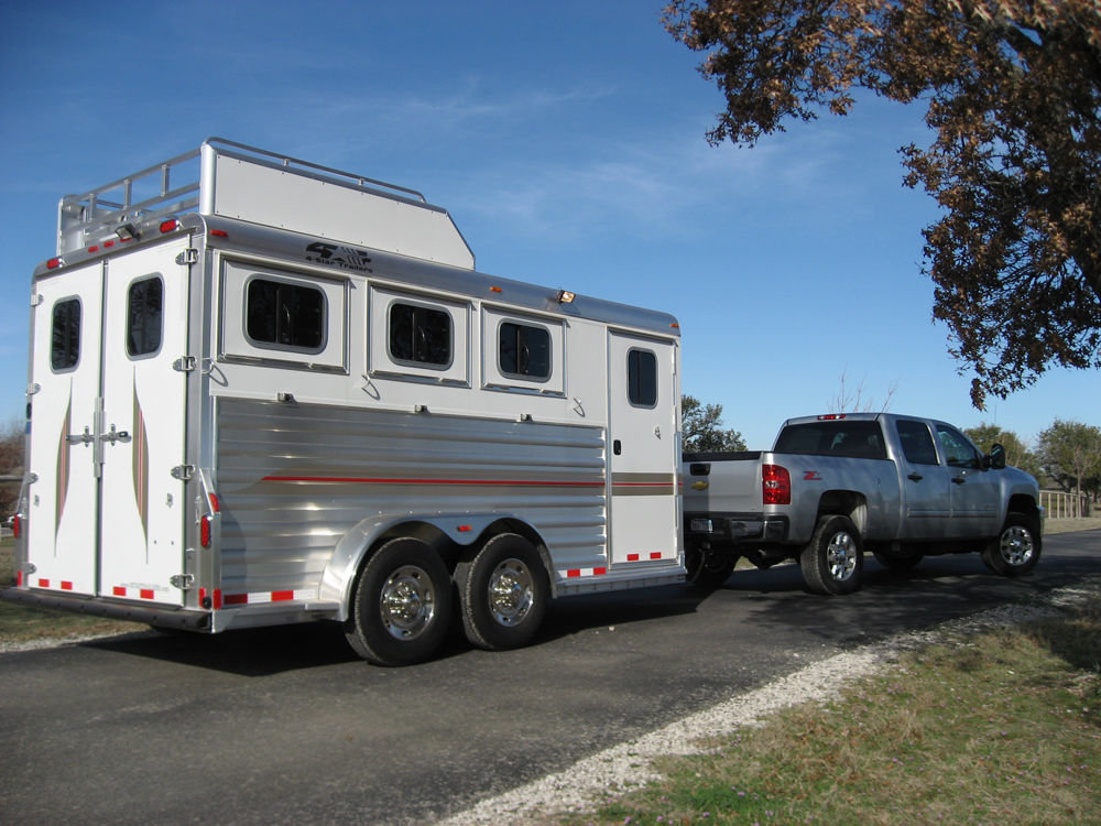 Deluxe Bumper Pull Horse Trailers